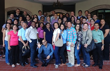 Image of professional men and women who are part of our team.
