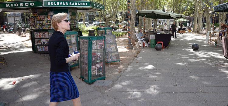 Ambassador Kristie Kenney walks in Montevideo [U.S. Embassy Photo: Pablo Castro]