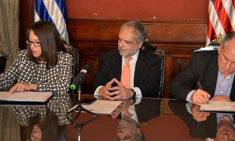 Firma Convenio Seguridad Social USA-Uruguay