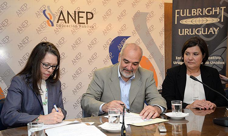 """Becas Fulbright para docentes uruguayos serán reconocidas por ANEP como """"becas oficiales"""""""